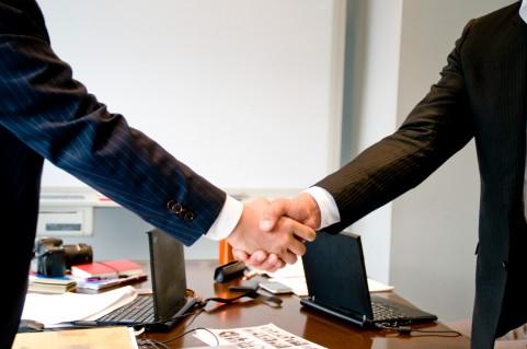 社会保険・雇用保険手続きのイメージ